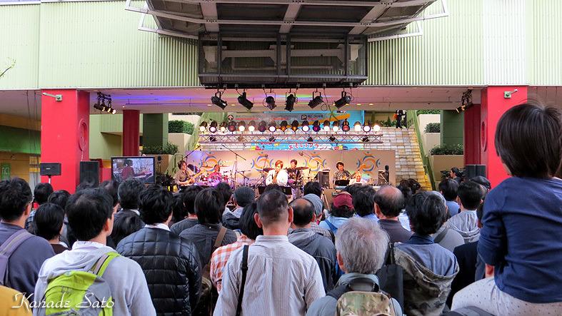 【ステージ・レポート】ビナウォークミュージックディライト「ファミリー鉄道展2015SP.ライブ」の記事より